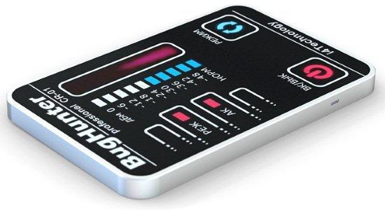 """На левой боковой стороне детектора  BugHunter CR-1 """"Карточка""""  имеется выключатель питания, который нужно перевести в положение """"выключено"""", если Вы не пользуетесь прибором долгое время, с целью экономии заряда аккумулятора"""