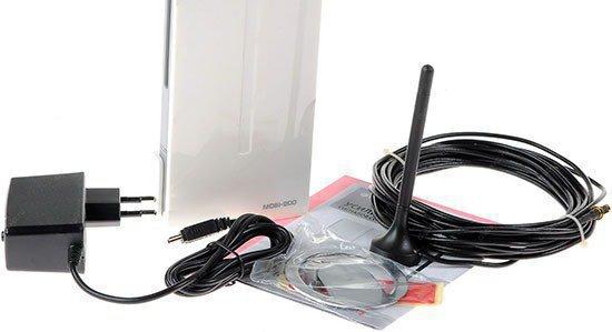 """В комплект поставки усилителя GSM сигнала """"MOBI-900 Mini"""" входит все необходимое для самостоятельной установки"""