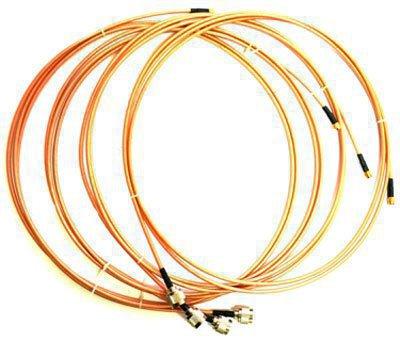 """В комплект поставки входят 4 специальных кабеля питания для антенн """"BlackHunter X-10 Professional"""""""